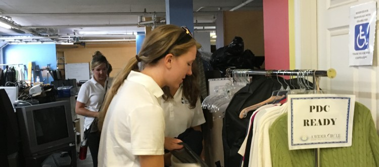 volunteer_sorting_clothes